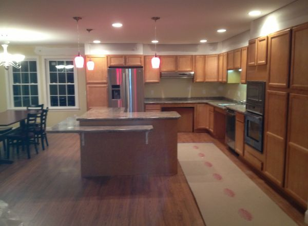 The almost finished kitchen.
